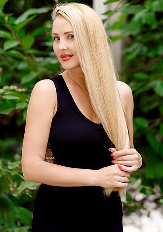 Gorgeous women pictures: Kristina from Kishinev, Moldova woman seeking foreign man